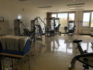 トレーニングルーム(筋トレマシン)