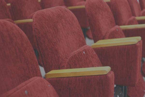 映画の前売り券があれば事前に座席指定ができる
